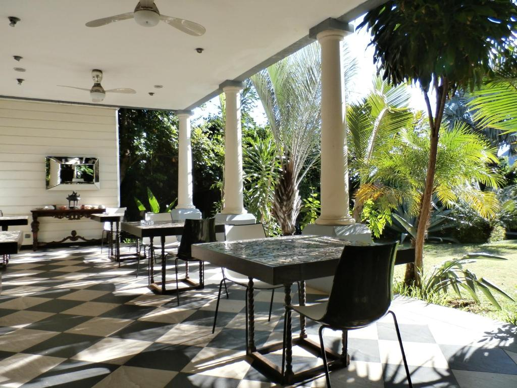 Chambres d 39 h tes villa belle chambres d 39 h tes saint pierre for Le jardin reunionnais 97410