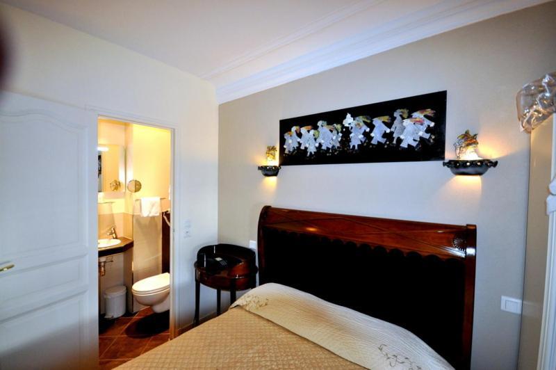 Hotel des bains parigi prenotazione on line viamichelin for Hotel des bains paris 14