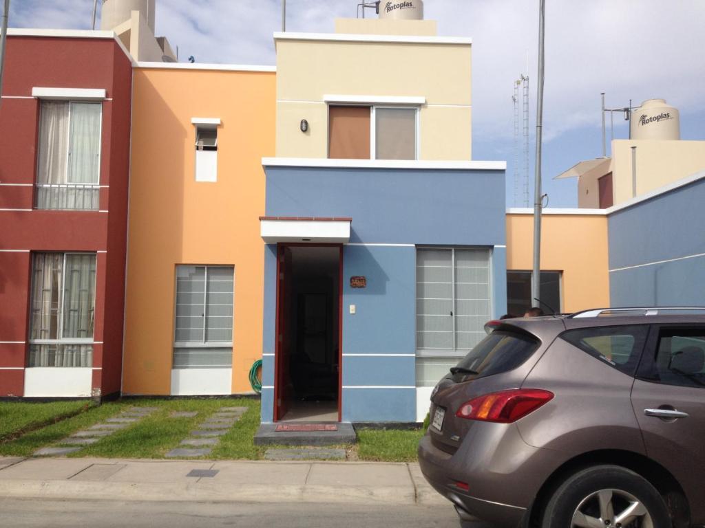 maison villa club maison with maison villa club stunning handsome plan de villa plan maison. Black Bedroom Furniture Sets. Home Design Ideas