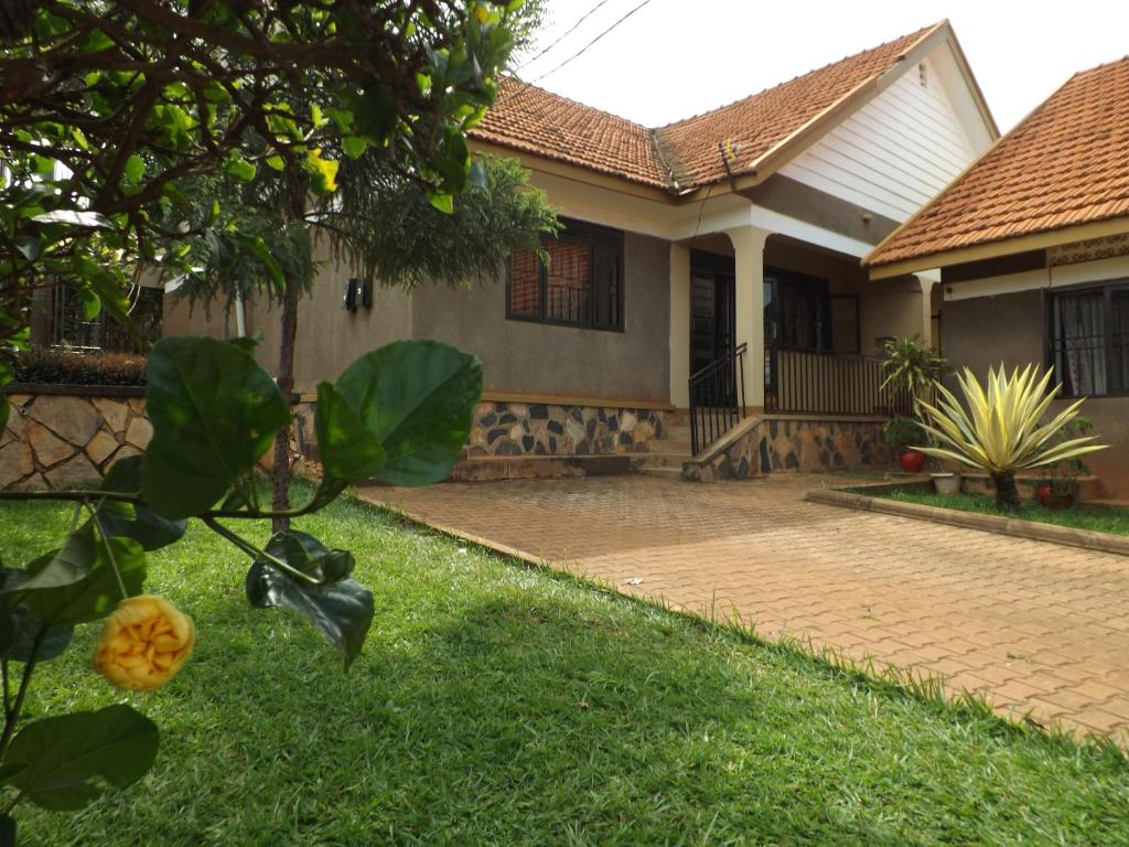 2 Bedroom Furnished House Kiwatule