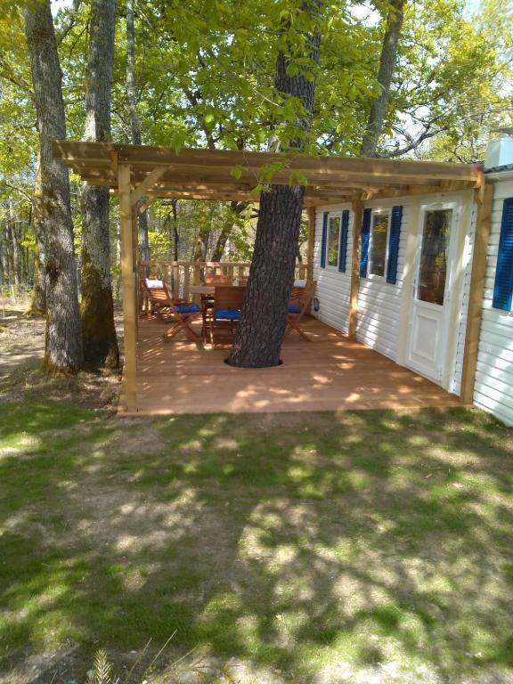 Camping etang vallier r servation gratuite sur viamichelin for Piscine vallier