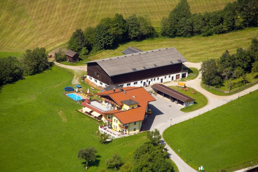 מבט מלמעלה על Landhotel Hinteraigengut