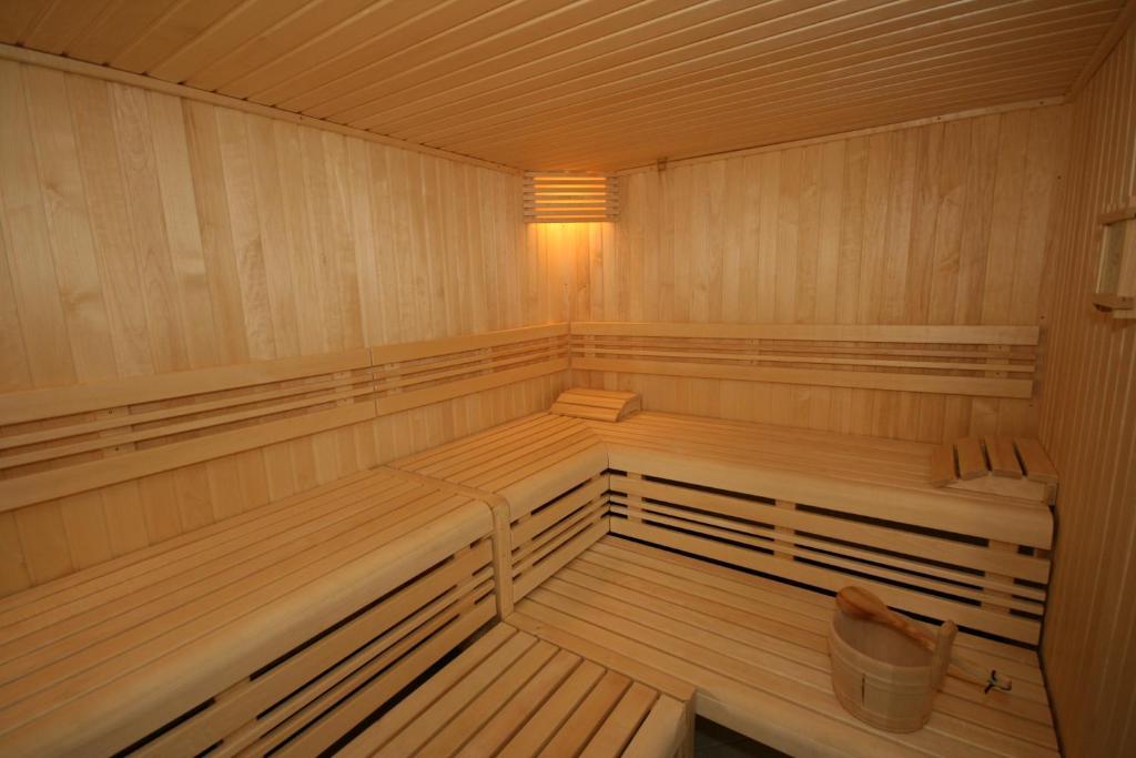 H tel chateau de sully bayeux prenotazione on line for Costo della costruzione di una sauna domestica