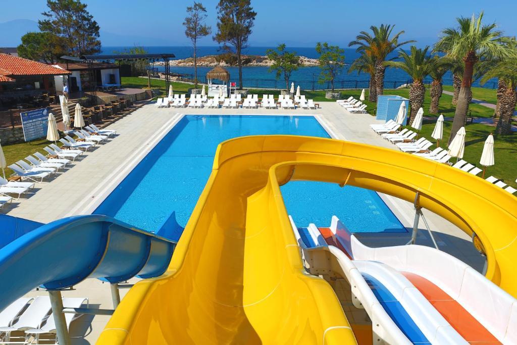 Le bleu resort hotel kusadasi