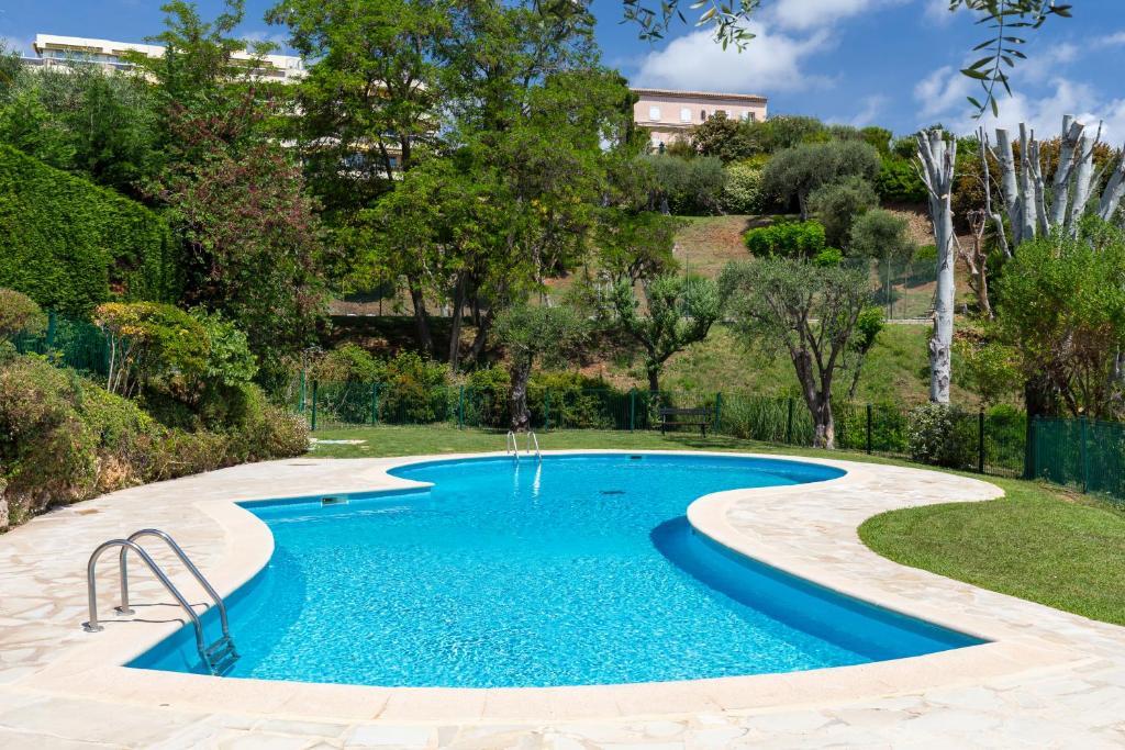 Appartement nice studio avec piscine et tennis - Hotel avec piscine nice ...