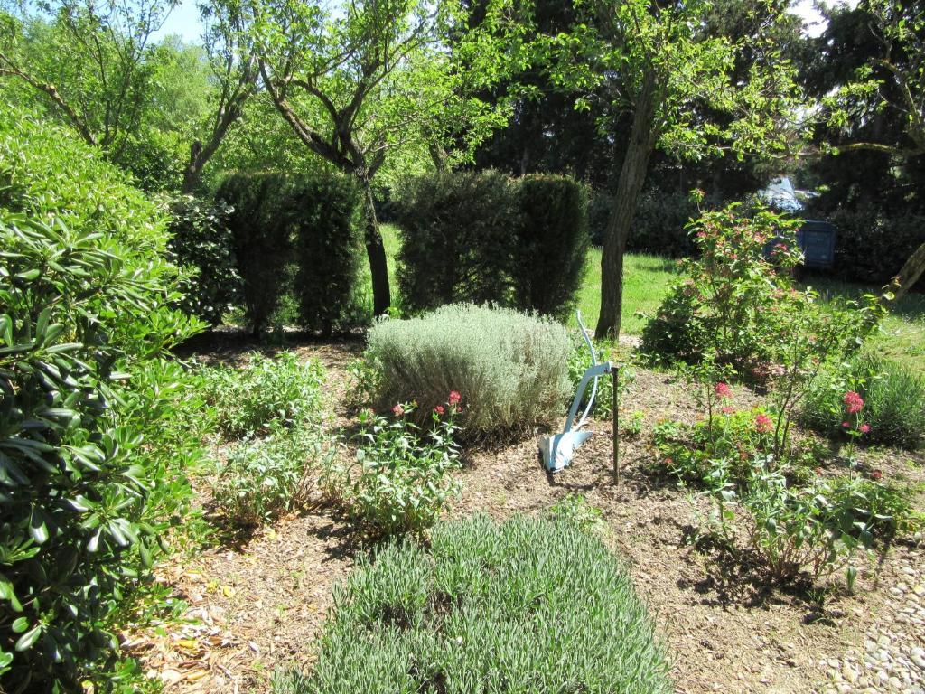 Maison iris r servation gratuite sur viamichelin for Piscine iris jardin