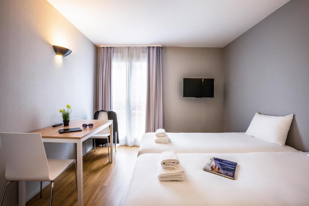 adagio access paris maisons alfort. Black Bedroom Furniture Sets. Home Design Ideas