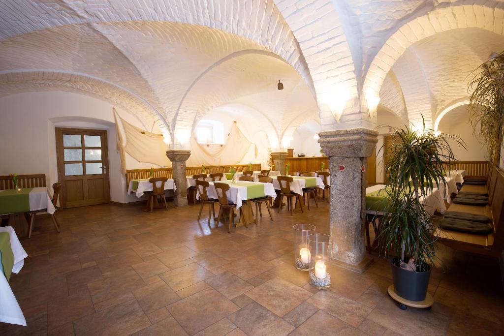 Hotels In Mitterteich Deutschland