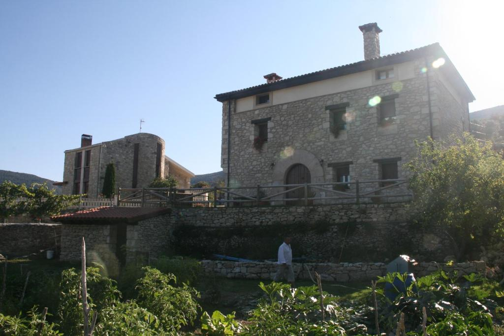 Casa rural torres alquileres valdenoceda - Casa rural reinosa ...