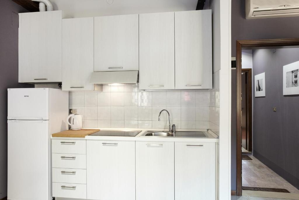 o a manufacturing verona wi apartments - photo#16