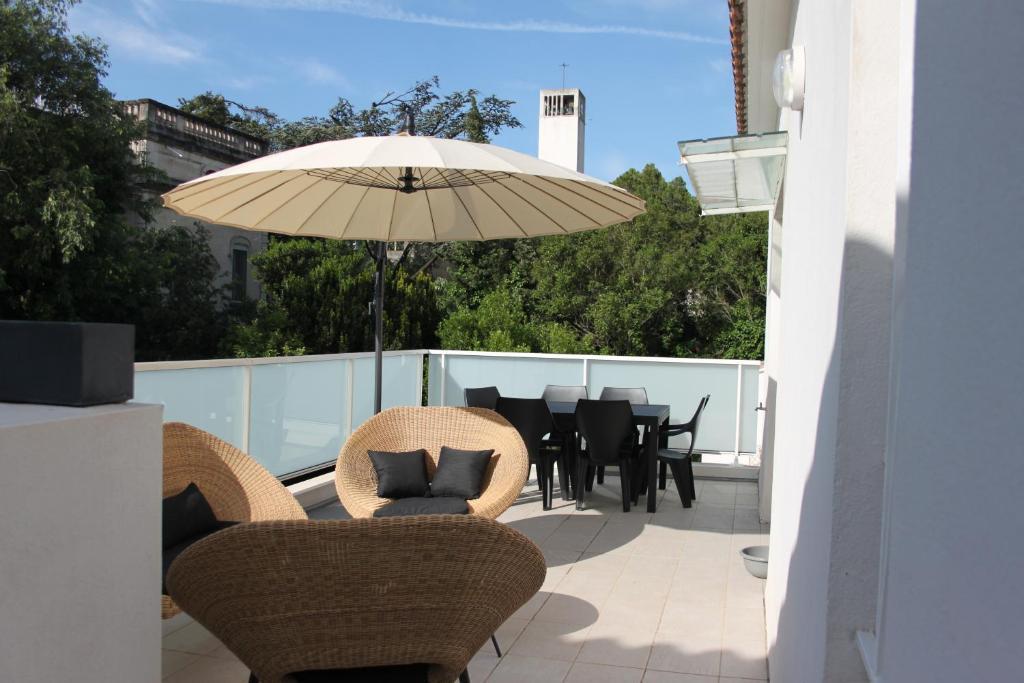 Appartements la maison blanche locations de vacances arles for 11 rue de la maison blanche