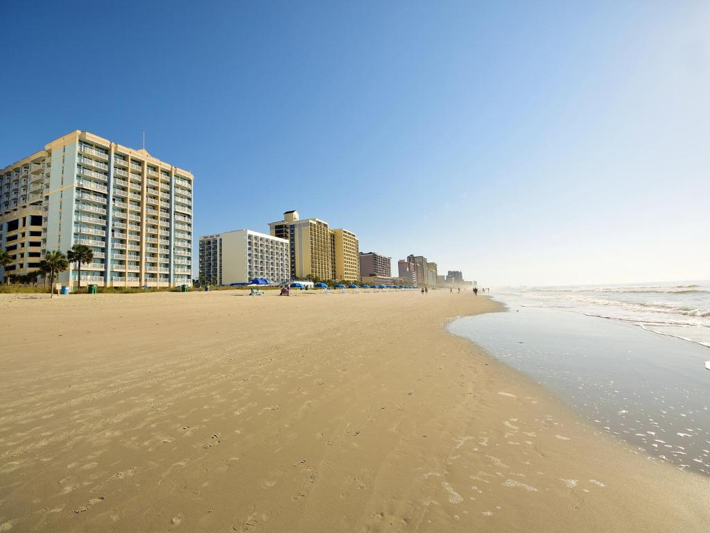 condo hotel holiday sands at south beach myrtle beach sc. Black Bedroom Furniture Sets. Home Design Ideas