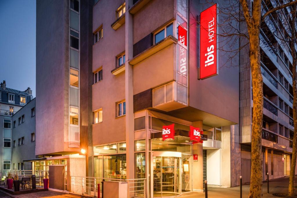 Hotel ibis paris place d 39 italie - Piscine place d italie ...