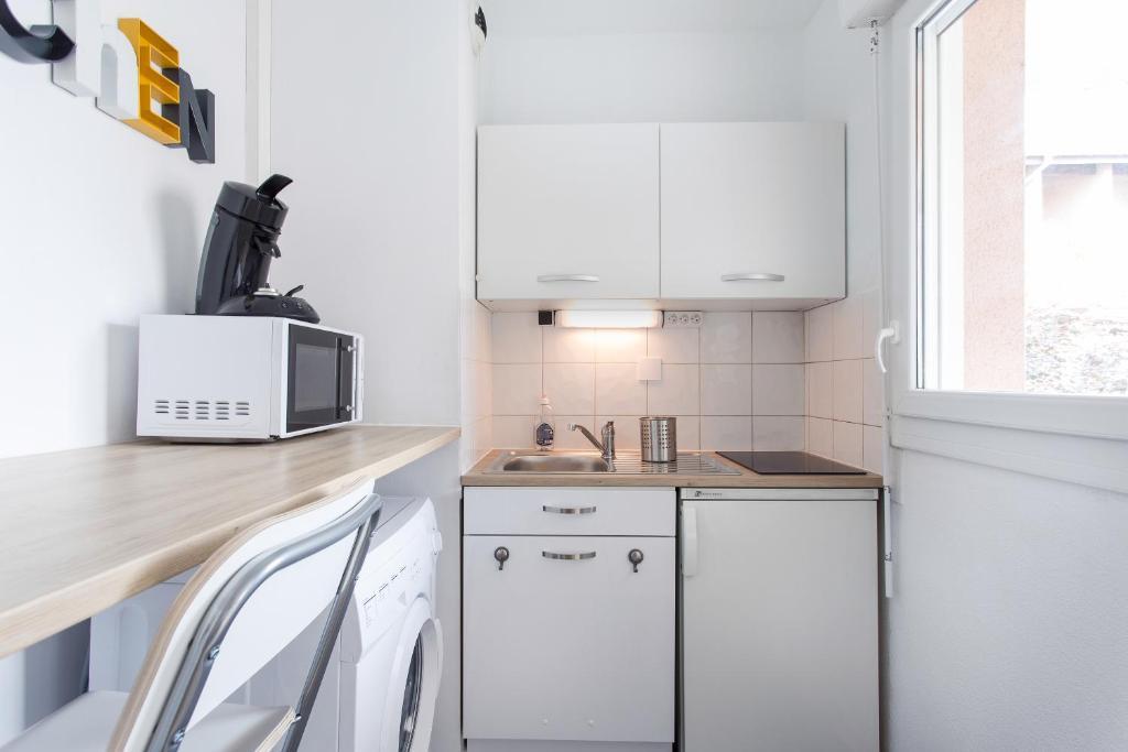 appartement studio purpan escale a toulouse locations de vacances toulouse. Black Bedroom Furniture Sets. Home Design Ideas