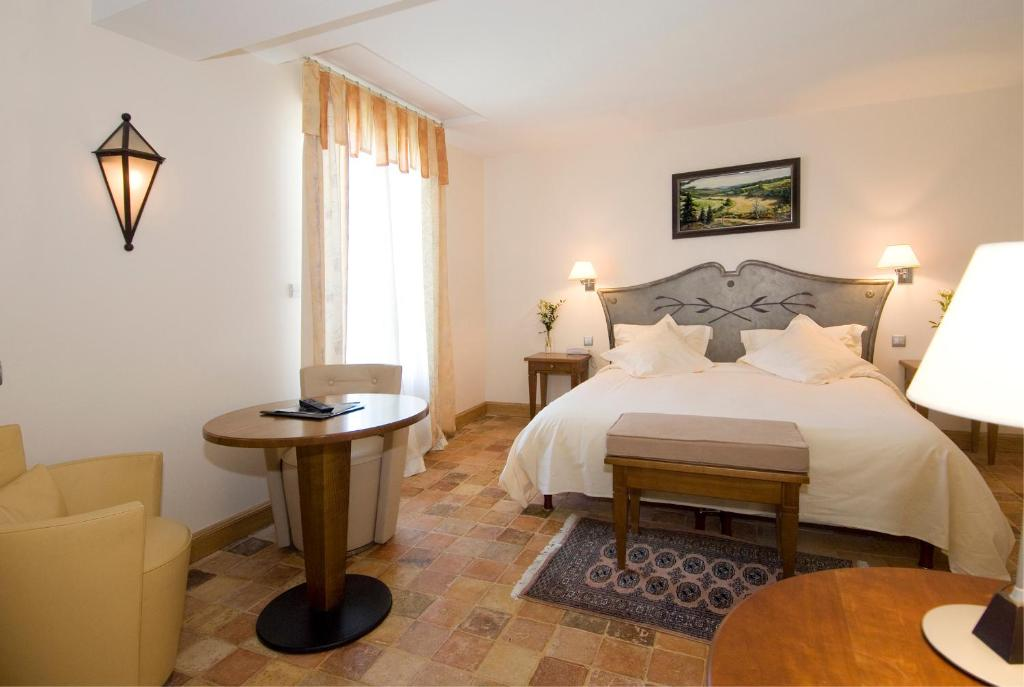 Hotel De France Mende Book Your Hotel With Viamichelin