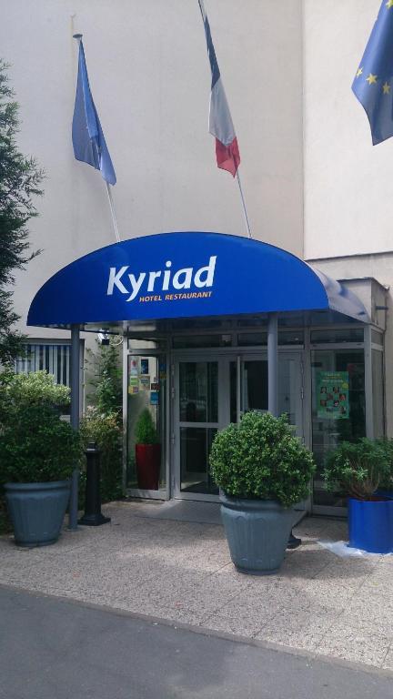 Kyriad paris nord porte de st ouen saint ouen - Porte saint ouen ...
