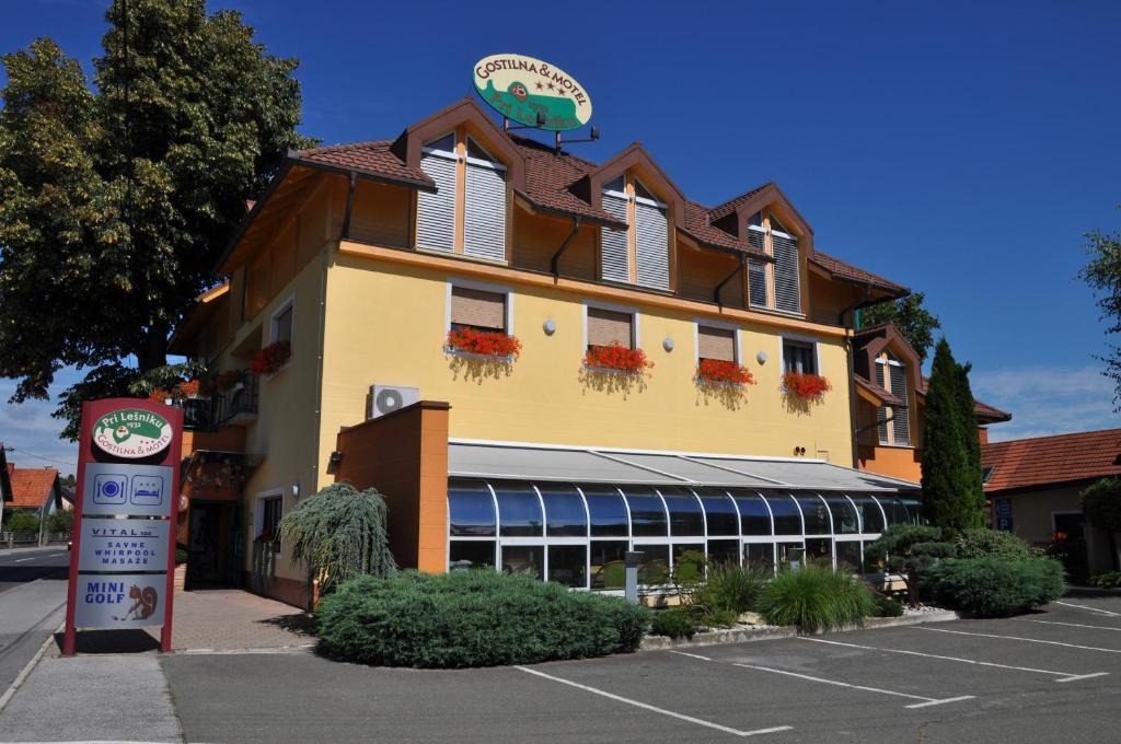 Motel pri lesniku r servation gratuite sur viamichelin for Reservation motel