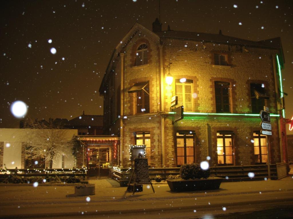 H tel restaurant de l 39 abbaye bar sur aube online for Restaurant bar sur aube