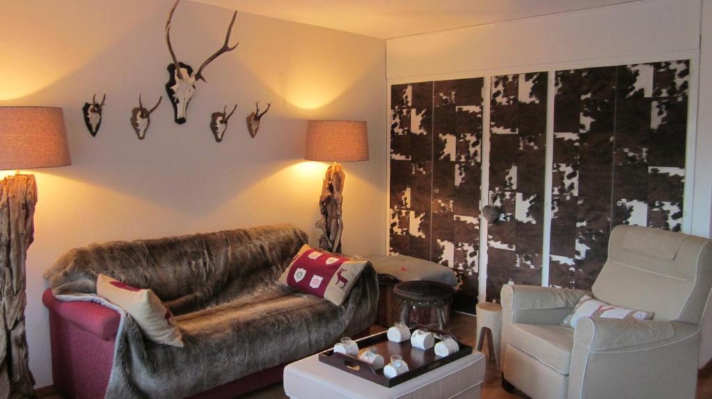 Design appartement crans montana book your hotel for Appartement design ski