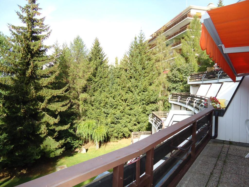 Design appartement crans montana online booking for Booking appartement