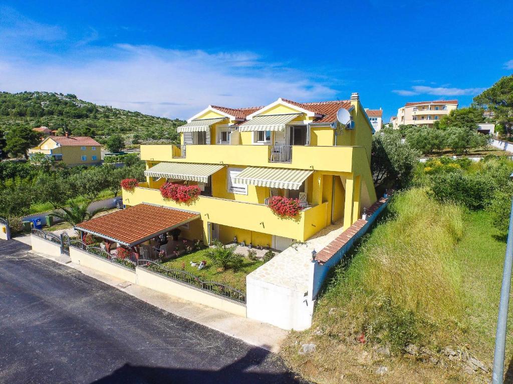 Villa Antonio Pako Tane Book Your Hotel With Viamichelin