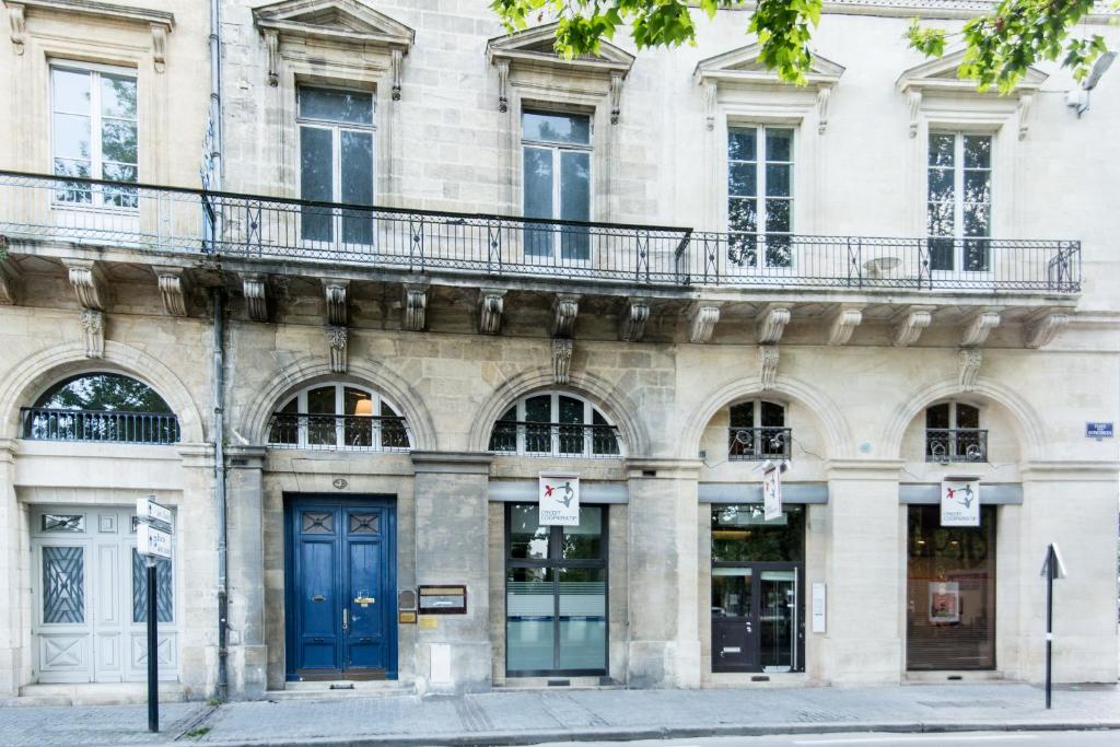 Apartment appart hotel opera quinconces apartment in for Hotel appart bordeaux
