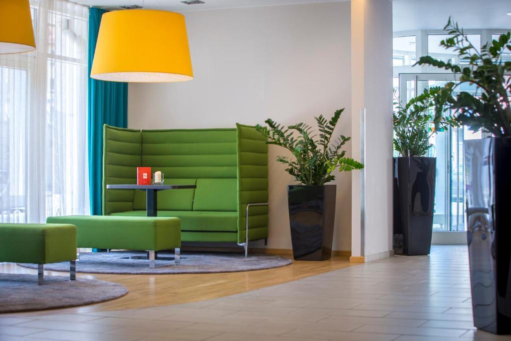park inn by radisson n rnberg n rnberg informationen und buchungen online viamichelin. Black Bedroom Furniture Sets. Home Design Ideas