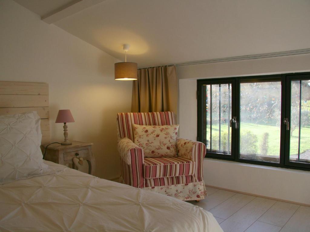 chambres d 39 h tes couleur lavande chambres d 39 h tes le thor. Black Bedroom Furniture Sets. Home Design Ideas