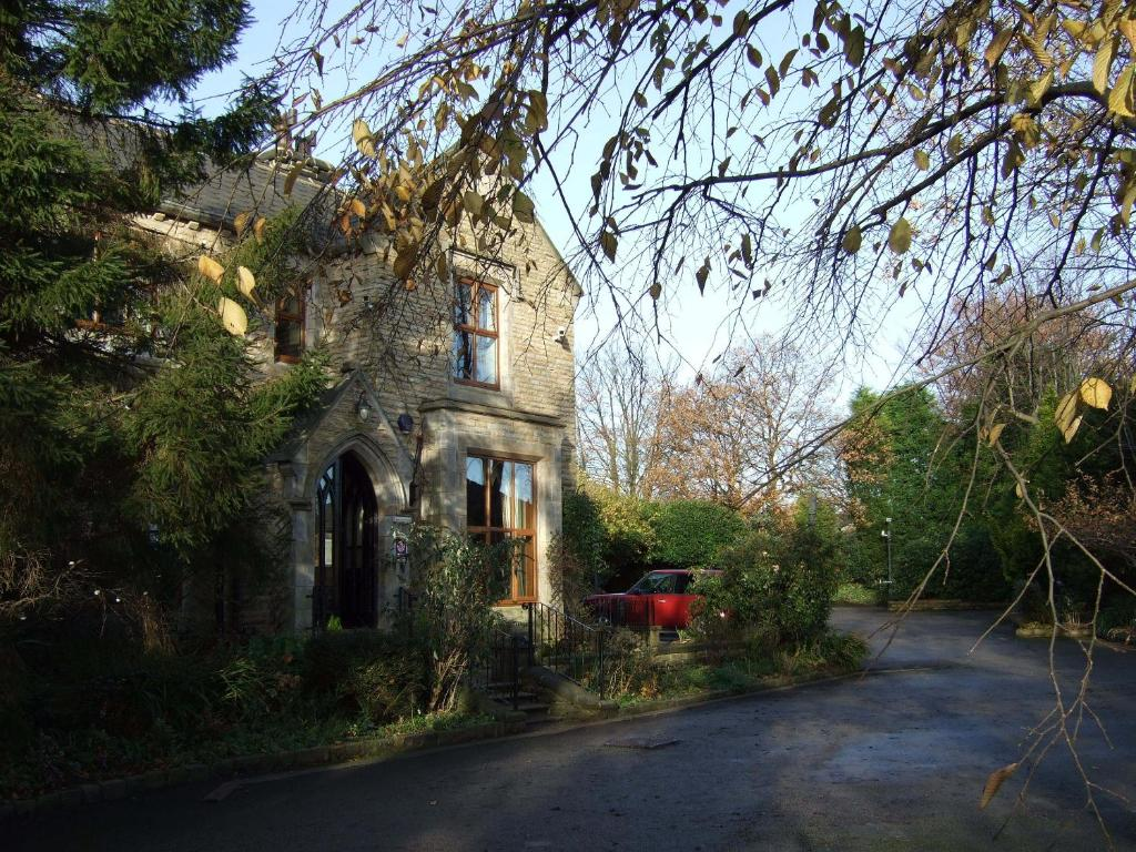Line Art Rochdale : Moss lodge rochdale prenotazione on line viamichelin