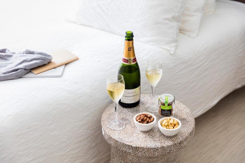 okko hotels paris rueil malmaison rueil malmaison prenotazione on line viamichelin. Black Bedroom Furniture Sets. Home Design Ideas