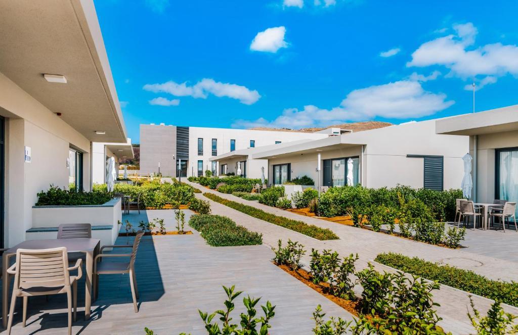 Pestana Ilha Dourada Hotel Villas