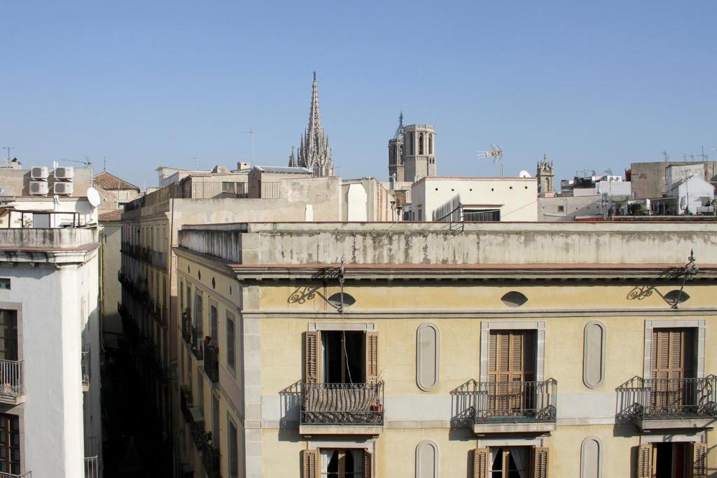 El jardi barcelona reserva tu hotel con viamichelin - Hotel el jardi barcelona ...