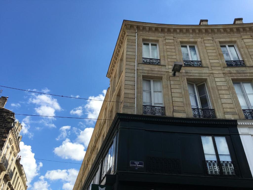 Appartement des grands hommes appartement bordeaux en for Appartement bordeaux grand theatre