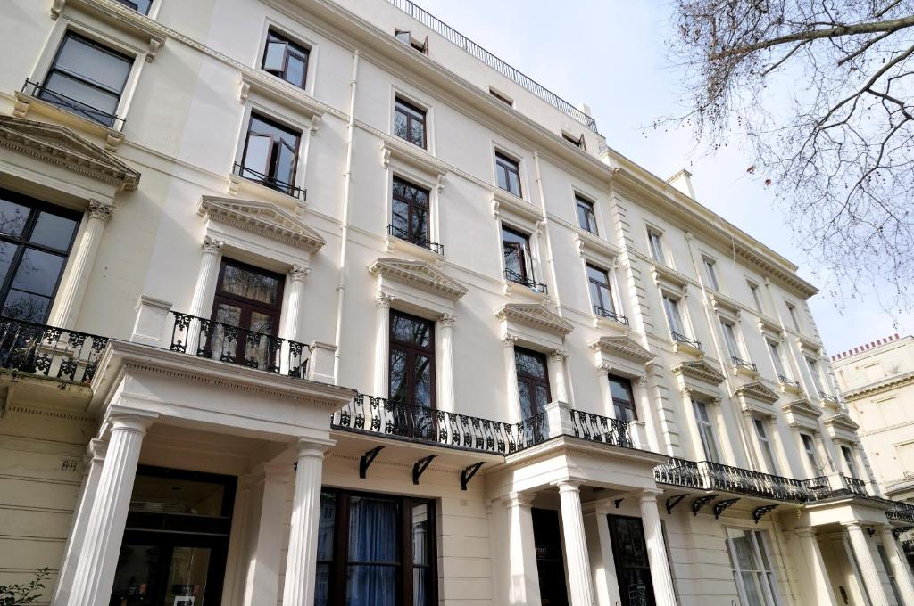 Equity point london london online booking viamichelin for 55 61 westbourne terrace london