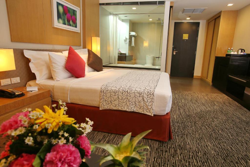 10 Best Hotels Near Bangkok's Airports (BKK & DMK)   Road