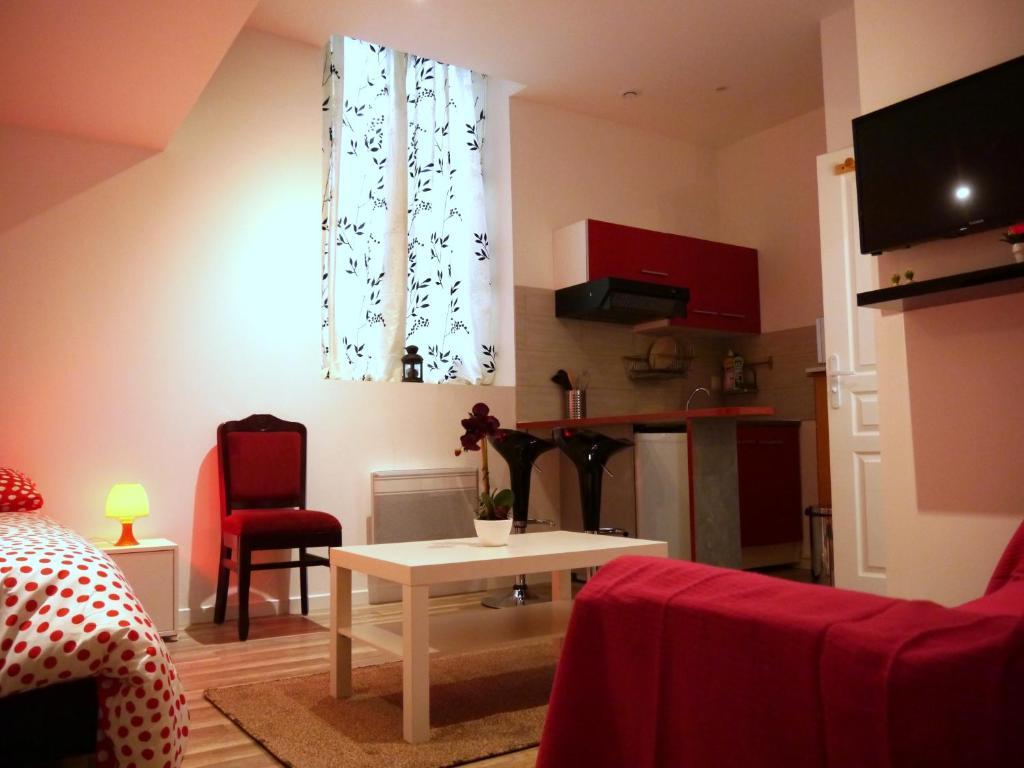 Appartement victoire locations de vacances bordeaux for Location appartement design bordeaux