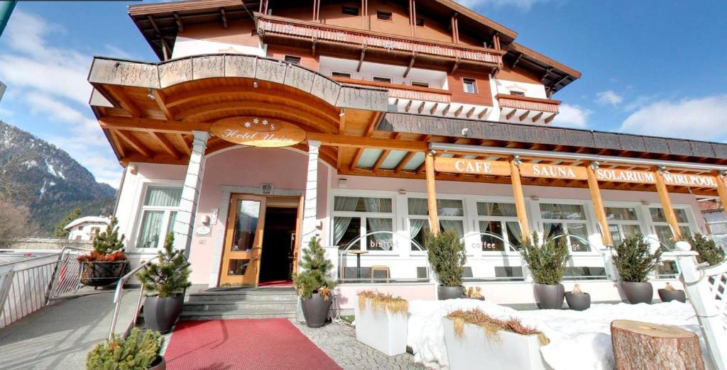 Hotel union dobbiaco reserva tu hotel con viamichelin - Hotel dobbiaco con piscina ...
