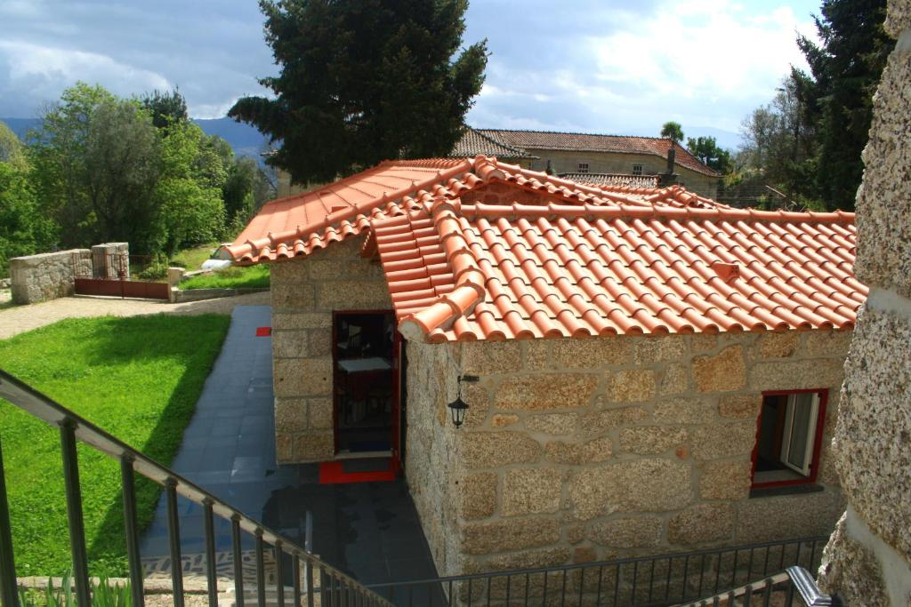 Casas do eido casa da viuva fafe online booking for Booking casas