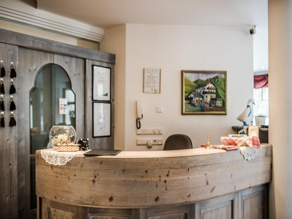 Hotel alpenjuwel graun im vinschgau book your hotel for Design hotel vinschgau
