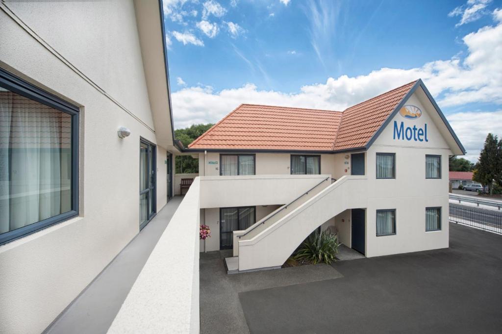 Bella vista motel rotorua rotorua reserva tu hotel con for Motel con piscina privada