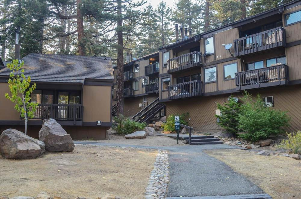 mammoth lakes single parents Amazing views of mammoth mountain ski area walk to main lodge, yodler, dry creek bar enjoy the convenience of close distance to the village at mammoth lakes.
