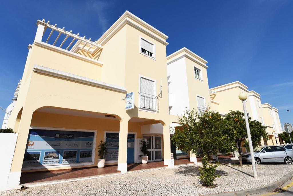 Apart hotel alturamar altura portugal for Portugal appart hotel