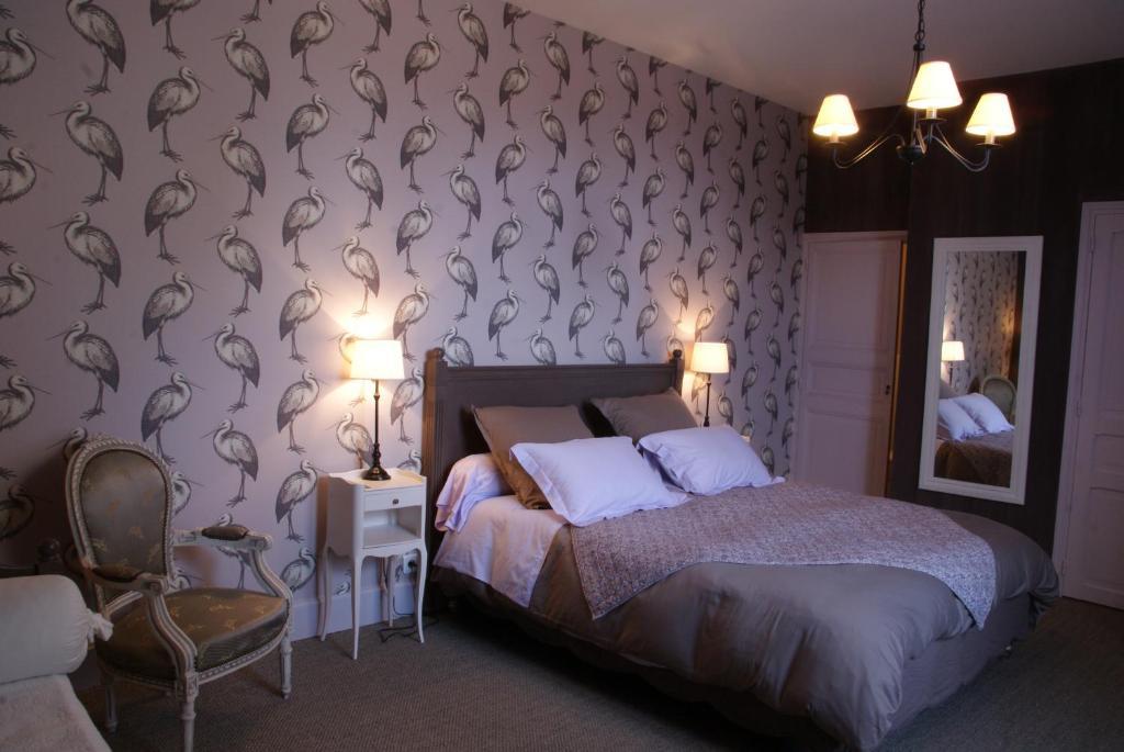 beaux esprits chambres d 39 h tes et s minaires fontenay le comte reserva tu hotel con viamichelin. Black Bedroom Furniture Sets. Home Design Ideas