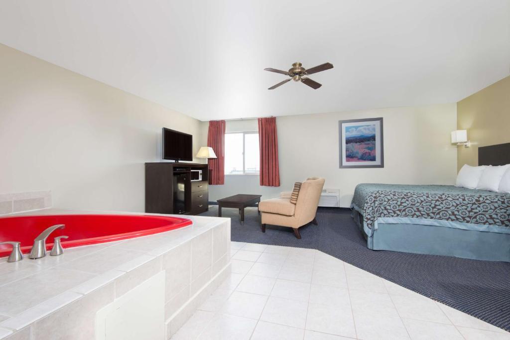 Hotel Rooms In Pueblo Colorado