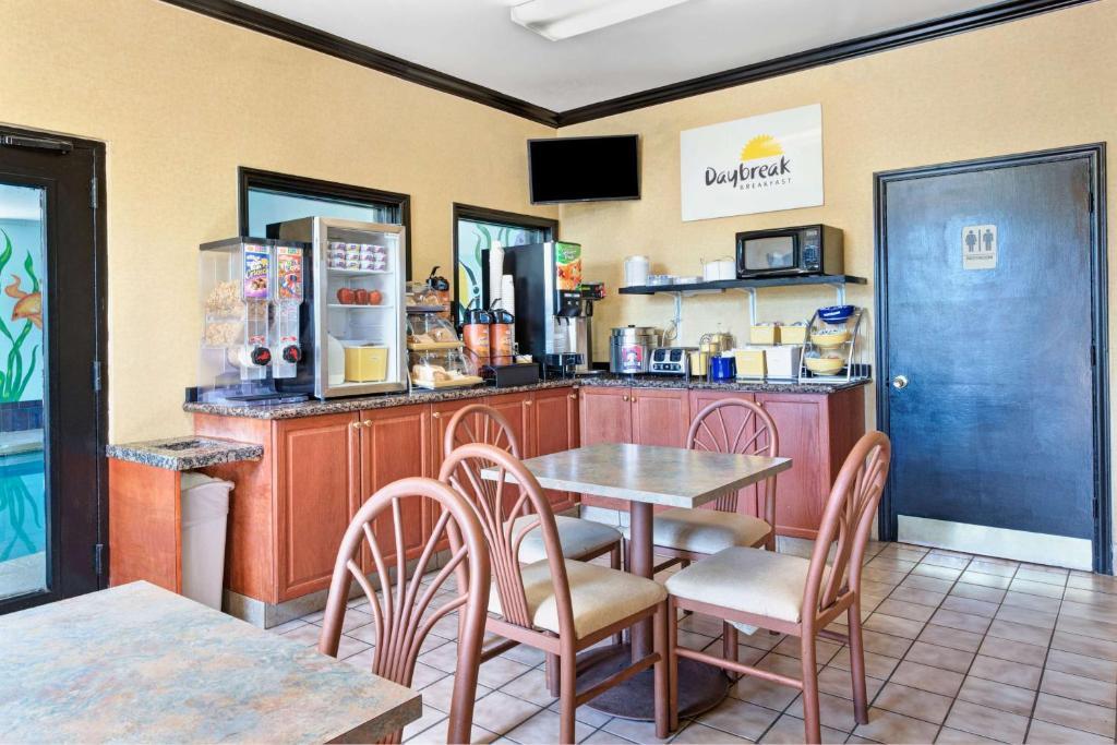 Northlake Restaurants Charlotte Nc