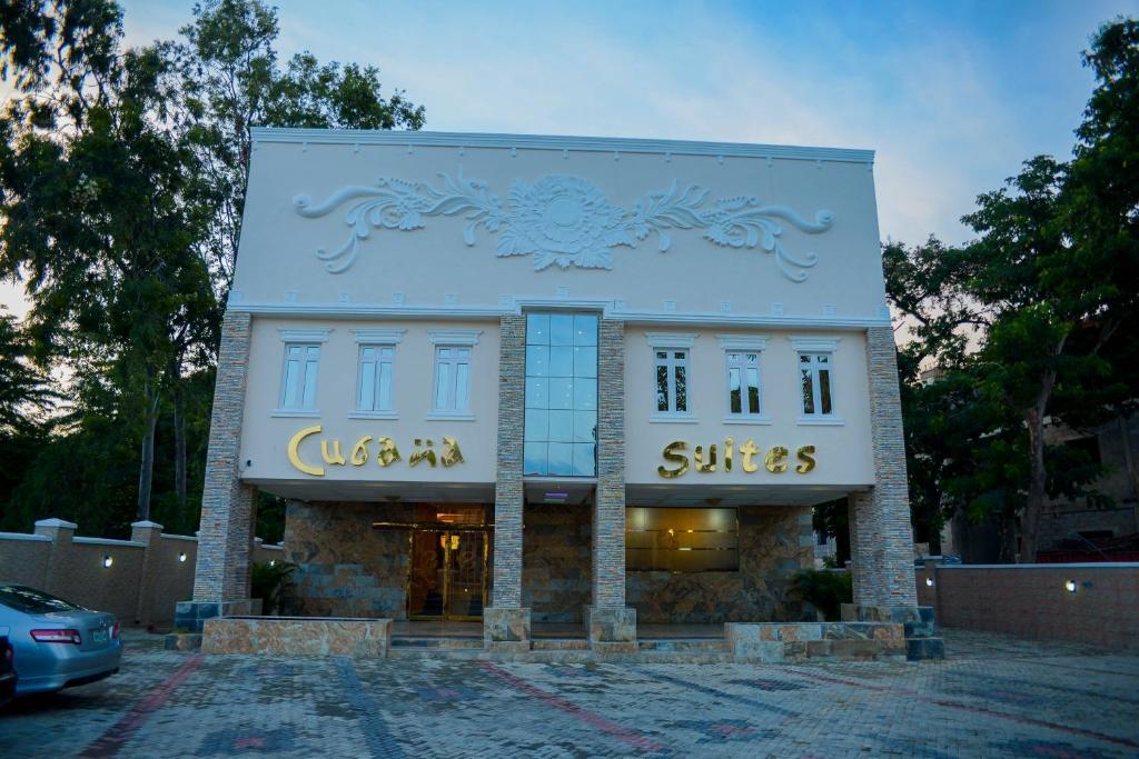 Cubana Suites