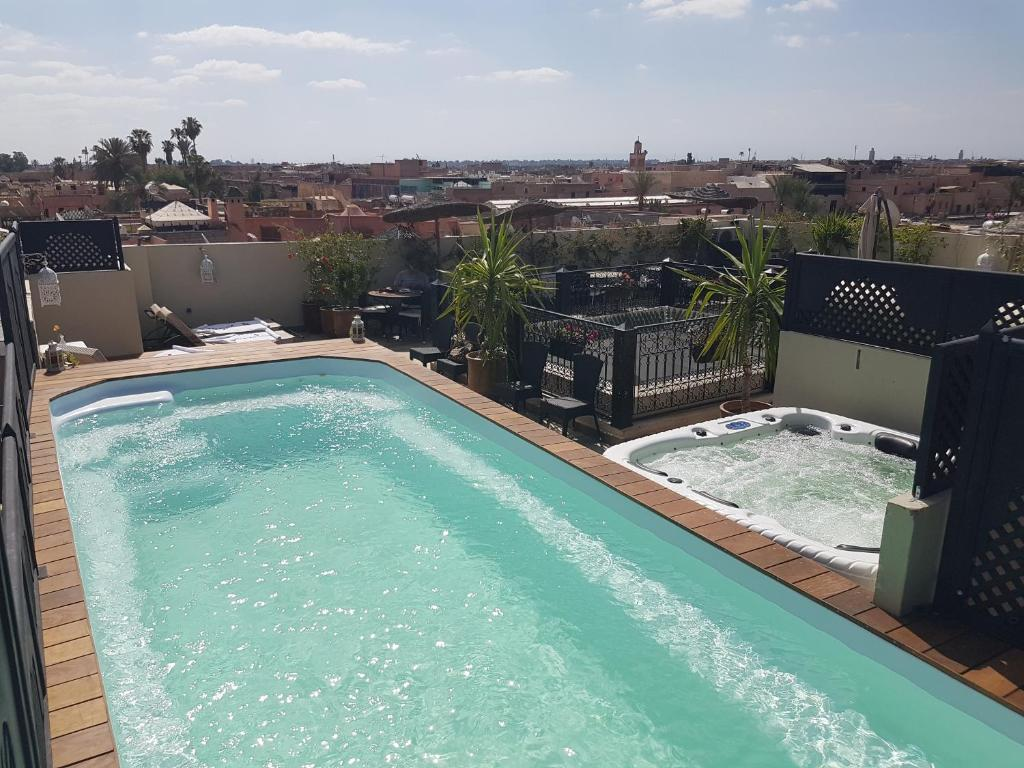 Riad nesma suites spa chambres d 39 h tes marrakech for Chambre d hotes marrakech