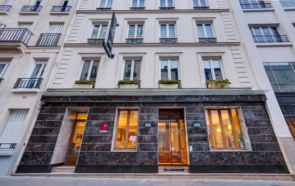 Hotel muguet paris book your hotel with viamichelin for Booking paris hotel