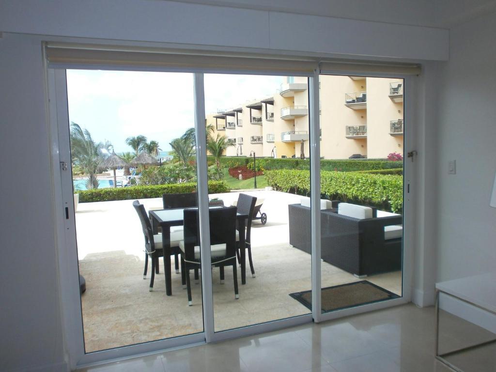 View Garden 2 bedrooms condo - A145, Apartment Palm Beach