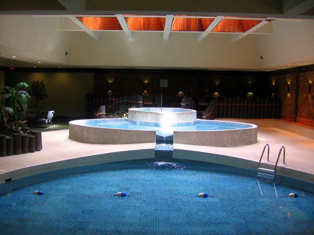 Ramada Plaza Regina Regina Book Your Hotel With Viamichelin